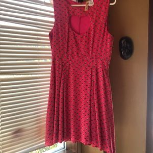 Pink peak a boo heart sleeveless dress